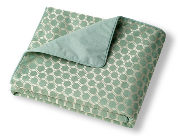 Crypton throw blanket for dogs - Throver